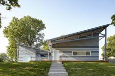 Fachada principal de la casa sustentable