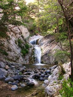 Wild Willy's hot spring on the East side of the Sierra ...