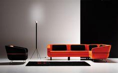 Algunas ideas para muros oscuros y muebles de colores contrastantes.