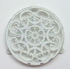 alumiininen pannunalunen . halkaisija 22cm