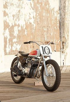 If there's a growing trend in custom motorcycles today, it's towards street trackers: road-legal versions of the flat track bikes that raced in the and With small tanks, wide bars and fat tires, they're good-looking bikes stripped down to the Flat Track Motorcycle, Bsa Motorcycle, Flat Track Racing, British Motorcycles, Cool Motorcycles, Vintage Motorcycles, Street Tracker, Choppers, Style Cafe Racer