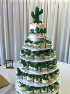 Catering Weddings and Events - Types Of Frosting, Cactus Cupcakes, Sugar Art, Fondant, Cupcake Cakes, Catering, Floral Design, Vanilla, Deserts
