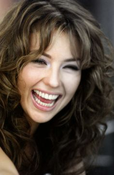 Photo of Thalia for fans of Thalia 13097797 Beautiful Smile, Beautiful People, Beautiful Women, Hair Color For Brown Eyes, Hot Brunette, Timeless Beauty, Brunettes, Pretty Woman, Role Models