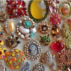 vintage brooches.