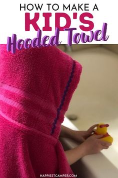 Don't want to pay for cute hooded towels? Us either! That's why are bringing you this How To Make A Kid's Hooded Towel Tutorial! My kids love these. They always want to use this towel and not any other one. These cute towels are great for the beach too. Perfect for helping your kids keep track of their own towel at pool parties, sleepovers, and summer camp. Sewing tutorial. Easy sewing project. How To Make A Kid's Hooded Towel Tutorial Baby Sewing Tutorials, Baby Sewing Projects, Sewing For Beginners, Best Baby Bibs, Hooded Towel Tutorial, Kids Hooded Towels, Cute Presents, Pool Parties, Baby Burp Cloths