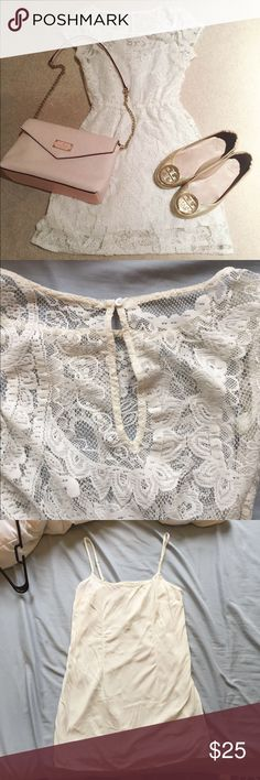 White lace dress Good condition, worn once only. Two pieces. Perfect for spring and summer☀️ Hollister Dresses