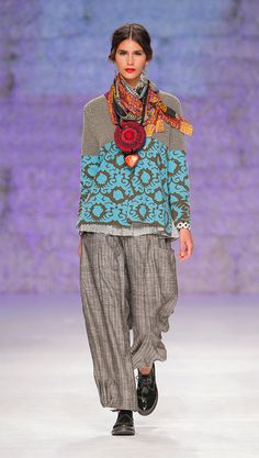 FW14 Alma Mater - Catwalk. Love the blouse and accessories - not the trousers!