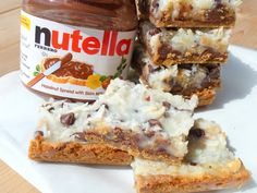 Nutella Hazelnut Magic Bars    http://cookincowgirl.blogspot.com/2012/04/nutella-hazelnut-magic-bars.html?spref=fb