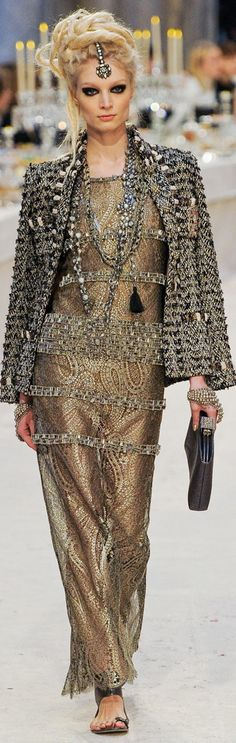 Gorgeous India Influence in Chanel's Paris-Bombay Pre-Fall 2012/2013 Collection