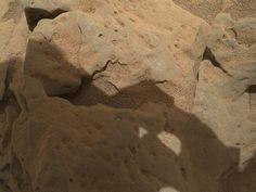 NASA - Rock 'Burwash' Near Curiosity, Sol 82