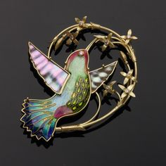 Hummingbird Pin/Pendant, Enamel, Gold, Diamond, Mother-of-pearl. By Amy Roper Lyons.