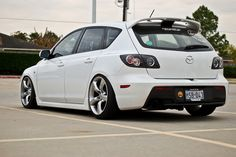 Mazda3 with Nissan 350z wheels...