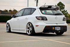 Mazda3 with Nissan 350z wheels...