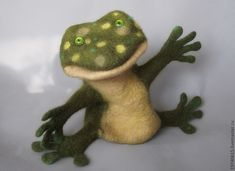 Купить Лягушка-квакушка. Перчаточная кукла. - зеленый, театральная кукла, театр, игрушка из войлока Glove Puppets, Gloves, Animals, Animales, Animaux, Animal, Animais