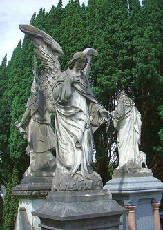 Guardian Angels - Glasnevin Cemetery, Dublin (19th century)