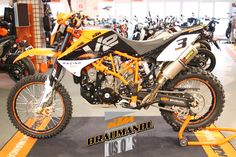 Bike Bmw, Cafe Bike, Ktm 950, Ktm Adventure, Super 4, Street Tracker, Dirtbikes, Bike Life, Cars And Motorcycles