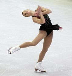 Joannie Rochette, figure skater from Canada Roller Skating, Ice Skating, Figure Skating, Joannie Rochette, Women Figure, Ladies Figure, Ice Dance, Super High Heels, Ice Princess