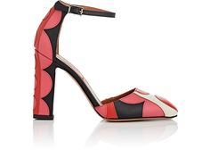 VALENTINO APPLIQUÉD LEATHER SANDALS. #valentino #shoes #