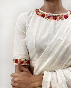 Blouse Back Neck Designs, Sari Blouse Designs, Fancy Blouse Designs, Embroidery On Clothes, Embroidered Clothes, Embroidery Fashion, Kurti Embroidery Design, Stylish Blouse Design, Shorts
