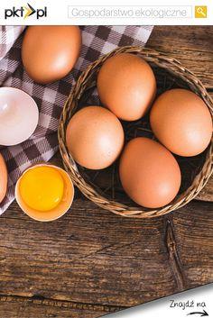 Nie ma pyszniejszych ciast niż te upieczone na świeżych, wiejskich jajkach. :) #eco #jajka