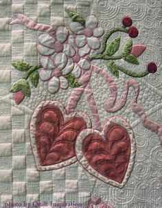 close up, Vintage Valentine by Theresa Olson, 2015 World Quilt Show (Florida). Pattern by Verna Mosquera. Photo by Quilt Inspiration