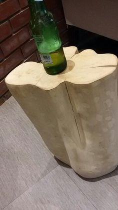 Easy stump side table