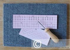 Spielgaben Prickeln  Pricken Ausstechen mit Prickelnadel, Filzunterlage und Papier (Spielgabe 11)