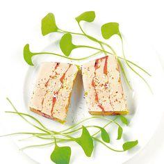 Terrine de foie gras au cacao - une #recette Fête express - #Cuisine  via Madame Figaro #foiegras #noel2016