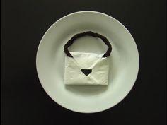 plier une serviette en papier en forme de sac a main! - YouTube