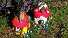 Pomysły plastyczne dla każdego, DiY - Joanna Wajdenfeld: Domek dla smerfów z papier mache na butelce