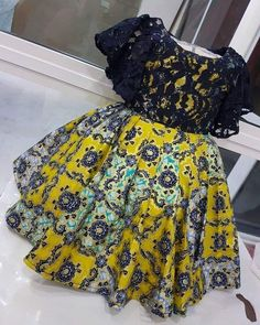ebonyisblack: Baby girls outfit Fashion and style African Dresses For Kids, African Fashion Ankara, Latest African Fashion Dresses, African Dresses For Women, Dresses Kids Girl, African Print Fashion, African Attire, Kids Dress Wear, Baby Dress