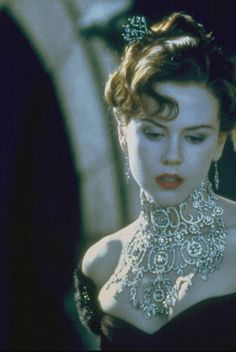 I want this necklace so bad! Nicole Kidman - 'Moulin Rouge' fashion shoot.