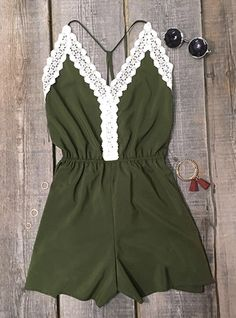 Give those shoulders the spotlight, ladies. Own it now,$17.99! This ultra classic fit and flare is everything  you need! Get more cute rompers at Cupshe.com !