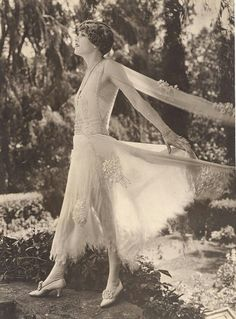 Claire Windsor, c.1924
