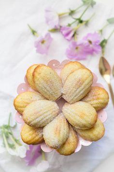 Kókuszos-mandulás madeleine recept