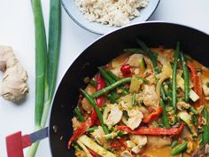 Wok, Healthy Recipes, Healthy Food, Thai Red Curry, Low Carb, Lchf, Ethnic Recipes, Bacon, Drinks
