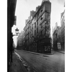 Paris, 1908 - Vieille Cour, 22 Rue Quincampoix - Old Courtyard, 22 Rue Quincampoix by Eugene Atget Architecture Art Print
