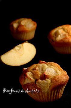 """Tortine montate alla mela  da """"Le dolci tentazioni"""" di L. Montersino Italian Desserts, Muffin Cups, Muffins, Cheesecake, Breakfast, Cupcakes, Food, Morning Coffee, Muffin"""