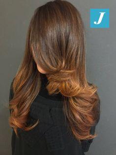 Lo stile inconfondibile firmato CDJ! #cdj #degradejoelle #tagliopuntearia #degradé #igers #musthave #hair #hairstyle #haircolour #longhair #ootd #hairfashion #madeinitaly #wellastudionyc
