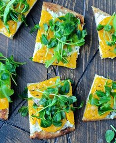 @thefoodiephysician's butternut squash flatbread is officially our favorite #healthy dinner recipe! Reposted Via @lifestylecollective_: http://www.aol.com/lifestyle/