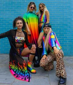 Festival Looks, Festival Mode, Rave Festival, Festival Wear, Festival Fashion, Rainbow Outfit, Rainbow Fashion, Colorful Fashion, Pride Outfit