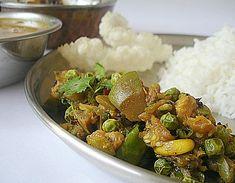 Vankaya Bataani Kura - Brinjal-Green Peas Curry - Indian Food Recipes | Andhra Recipes | Indian Dishes Recipes | Sailu's Kitchen