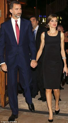 It is not difficult to see why the Crown Princess has become a national style icon in Spain, witht he 41-year-old barely ever putting a foot wrong in the fashion stakes