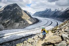 "Atemberaubend! Via @purebiking: ""Let's do it again"" #Aletschgletscher #eggishorn #mountainbike #mtb #valaiswallis"