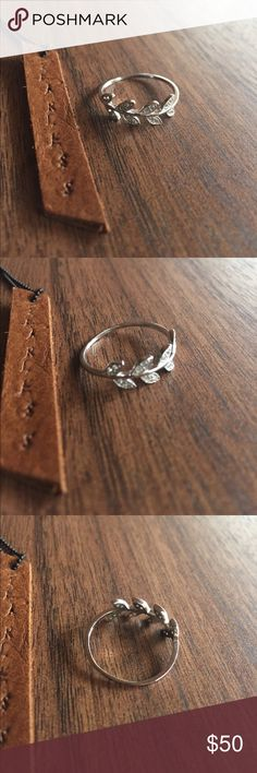 Sterling silver leaf ring Cz size 9 Sterling silver leaf ring. Solid Sterling silver rings 925 Jewelry Rings