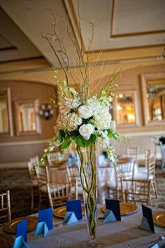 Classic Centerpieces Wedding Flowers Photos on WeddingWire- a few tables with this would be pretty! Simple Centerpieces, Flower Centerpieces, Flower Decorations, Wedding Centerpieces, Centrepieces, Flower Arrangements, Blush Pink Wedding Flowers, Wedding Flower Photos, Floral Wedding