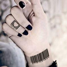 30 idées magnifiques de tatouage doigt délicat et original