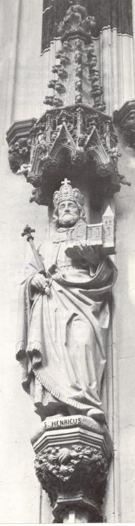 St. Henricus II Keizer ~ 1919. Beeldhouwwerk door H. van der Geld Nederland, Den Bosch, St-Janskathedraal.