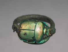 Scarab Ring, 1279-1213 BC Egypt, New Kingdom, Dynasty 19, reign of Ramses II green glazed steatite, Diameter - w:2.50 cm | Cleveland Museum of Art