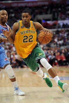Basketball Shoes For Sale Lifetime Basketball Hoop, Xavier Basketball, Basketball Court Size, Basketball Finals, Best Basketball Shoes, Basketball Legends, Sports Uniforms, Basketball Uniforms, Basketball Camps